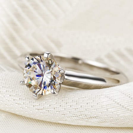Design Six-Claw Round Cz Engagement Ring/Promise Ring