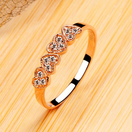 Rose Gold Diamond Ring High-End Cut Diamond Ring