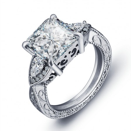 Superb S925 Sterling Silver Cubic Zirconia Wedding Ring