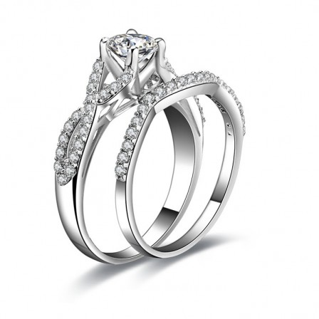 Luxurious S925 Sterling Silver Four Claws Cubic Zirconia Engagement Ring Set