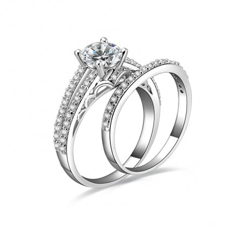 Terrific S925 Sterling Silver Round Cubic Zirconia Ring Set For Bridal