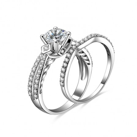 Marvelous S925 Sterling Silver Round Cubic Zirconia Engagement Ring Set