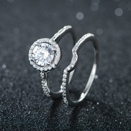 Marvelous S925 Sterling Silver Round Cubic Zirconia Ring Set For Engagement
