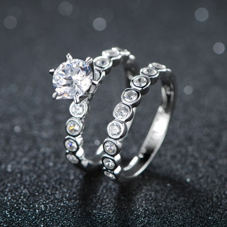 Wonderful Six Claws S925 Sterling Silver Round Cubic Zirconia Engagement Ring Set