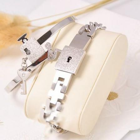 Romantic Forever Love Lock&Key Titanium Steel Lovers Bracelets