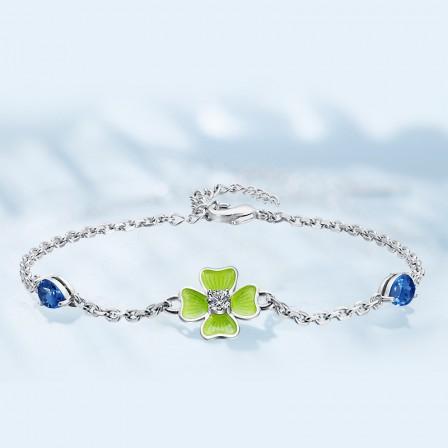 Stylish Four-leaf Clover Shaped S925 Sterling Silver Inlaid Crystal Bracelet