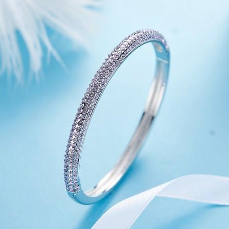 Popular S925 Sterling Silver Inlaid Crystal Bracelet for Love