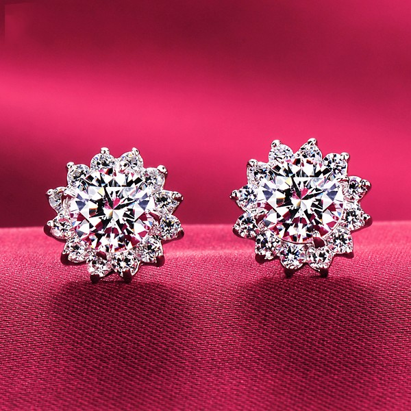0.8 Carat Sunflower Shape ESCVD Diamonds Women Earrings