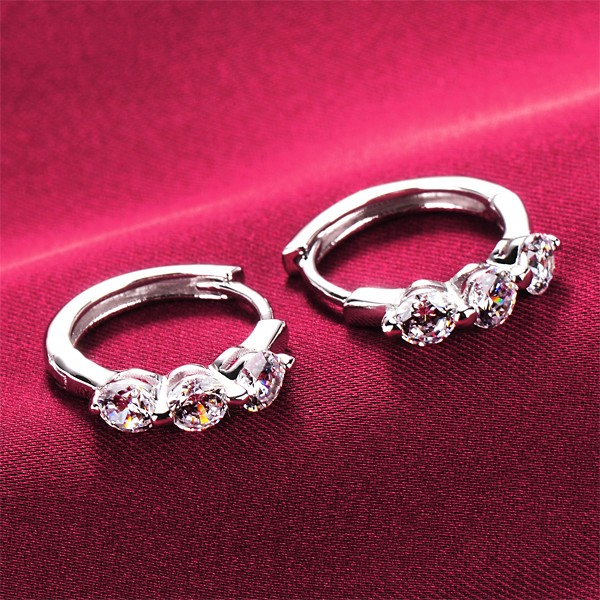 Delicate Shinning 0.5 Carat ESCVD Diamonds Women Earrings