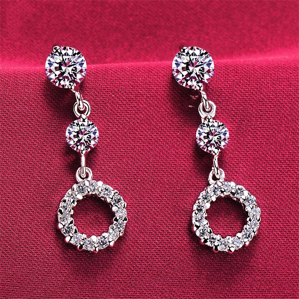 Hollow Circle 0.2 Carat ESCVD Diamonds Fashionable Women Earrings