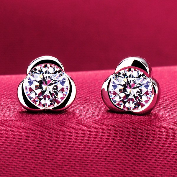 Three Petals 0.39 Carat ESCVD Diamonds Fashionable Women Earrings
