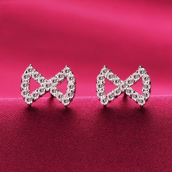 Bow Shape 0.02 Carat ESCVD Diamonds Fashionable Women Earrings