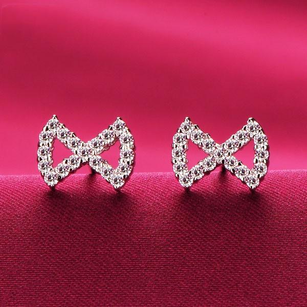 Bow Shape 0.02 Carat ESCVD Diamonds Fashionable Women Earrings
