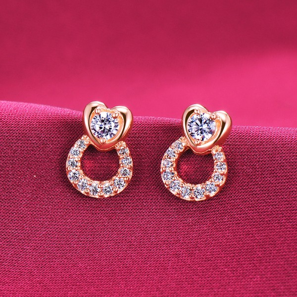 0.1 Carat Rose Gold Color Heart Shape ESCVD Diamonds Fashionable Women Earrings