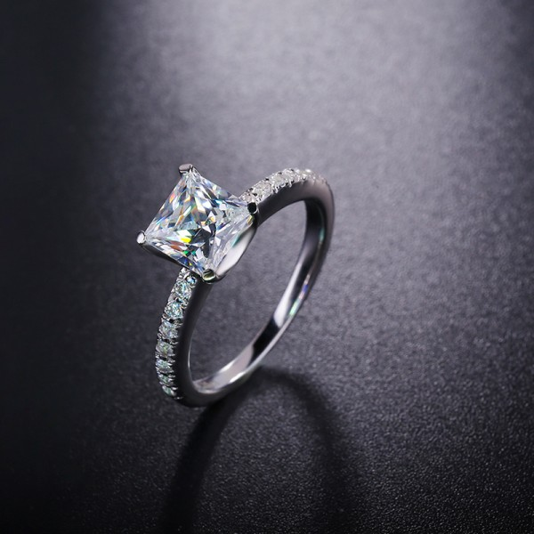 925 Sterling Silver Ring For Women Square Diamond Electroplating Platinum Simple and Fashion