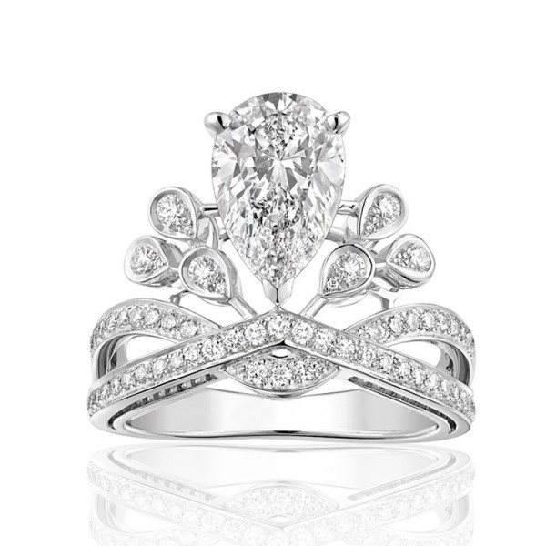 925 Sterling Silver Ring For Women Crown Design 1.00 Carat Luxury and Decent