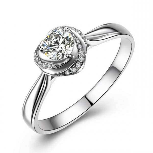 925 Sterling Silver Ring For Women Heart-shaped Diamond Design Simple and Fashion