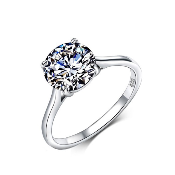 925 Sterling Silver Ring For Women Inlaid Cubic Zirconia Simple and Fashion Classic Four Claws Design