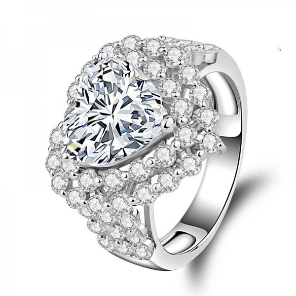 925 Sterling Silver Ring For Women Heart-shaped Design Inlaid Cubic Zirconia Liberality and Exquisite