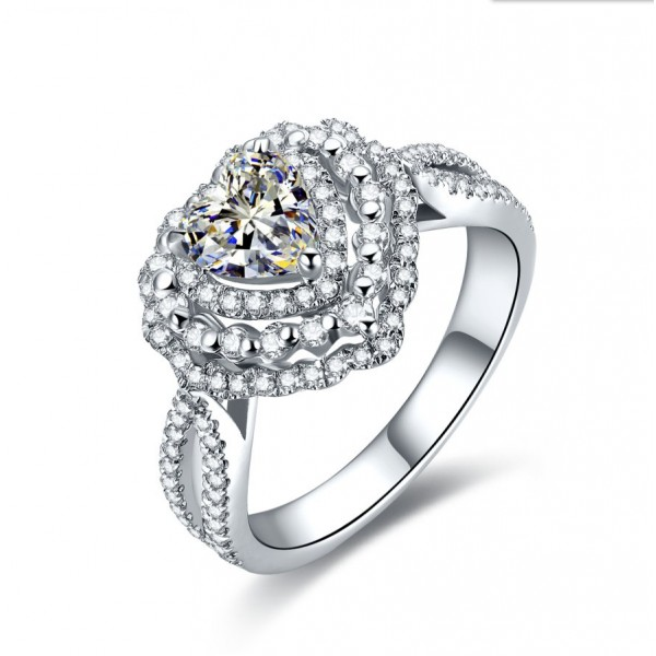 925 Sterling Silver Ring For Women Heart-shaped Design Micro-diamond Decoration Luxury and Liberality