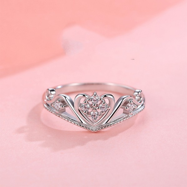 925 Sterling Silver Ring For Women Heart-shaped and Crown Design Inlaid Cubic Zirconia Polish Craft Simple and Fashion