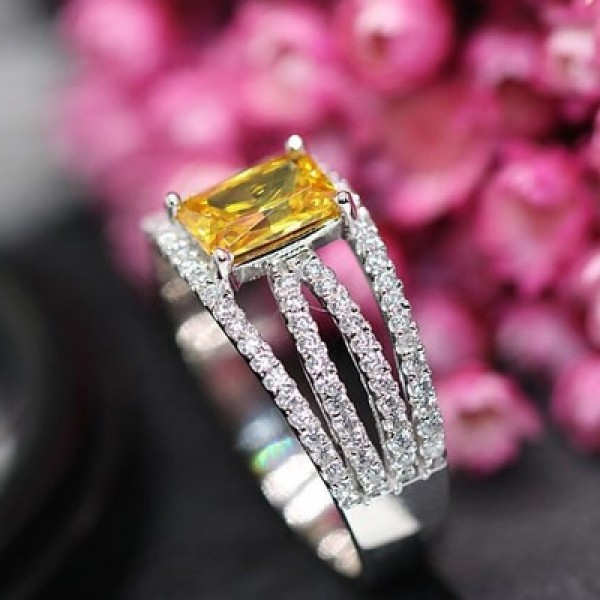 925 Sterling Silver Ring For Women Inlaid Cubic Zirconia Yellow Diamond Liberality and Fashion