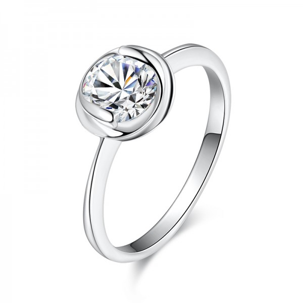 925 Sterling Silver Ring For Women Inlaid Cubic Zirconia 0.6 Carat Bud Design Fashion and Adorable Polish Craft