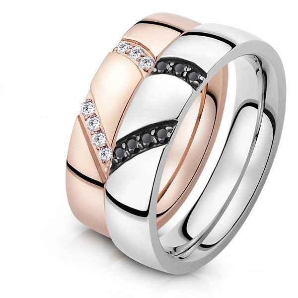 Titanium Silvery and Rose Gold Ring For Couples Inlaid Cubic Zirconia Simple and Fashion Style