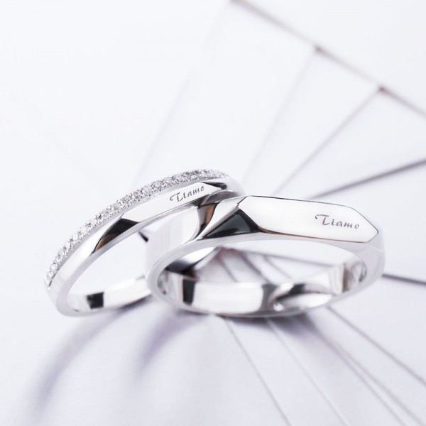"Italian I Love You ""Ti amo"" S925 Sterling Silver Platinum Plated Inlaid Cubic Zirconia Couple Rings"