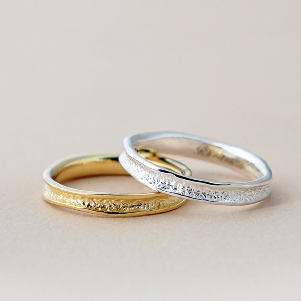 925 Silvery and Golden Ring For Couples Plating 14K Gold Stone Grain Design Unique and Fashion Style