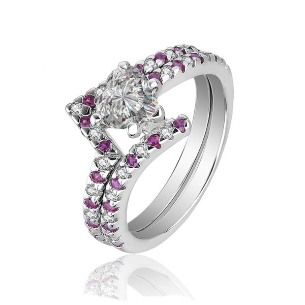 Modern Design White Sapphire Heart Cut Wedding Rings