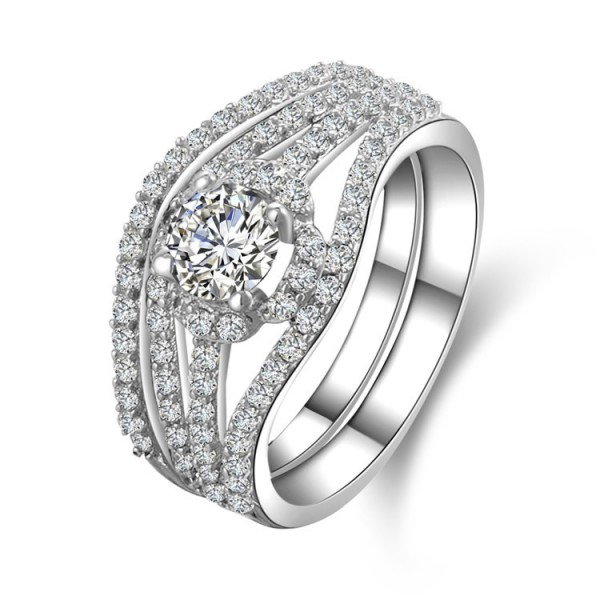 Trendy S925 Sterling Silver Round White Sapphire Cubic Zirconia Ring Set