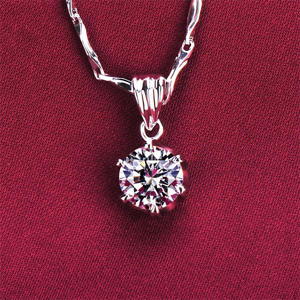 Six Claw 0.6 Carat Diamonds ESCVD Diamonds Fashionable Gift Necklaces For Her