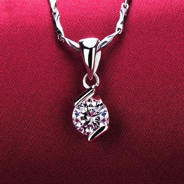 Two Parallel Lines 0.5 Carat ESCVD Diamonds Fashionable Women Necklaces Gift Necklaces