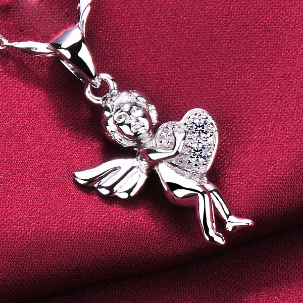 An Angel With Love 0.05 Carat ESCVD Diamonds Fashionable Women Necklaces Gift Necklaces