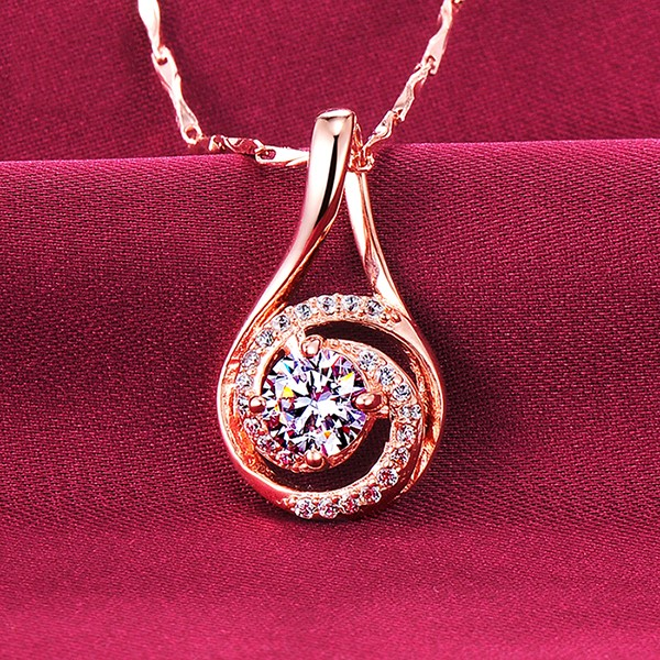 Snail Shape 0.6 Carat Rose Gold Color ESCVD Diamonds Fashionable Women Necklaces Gift Necklaces