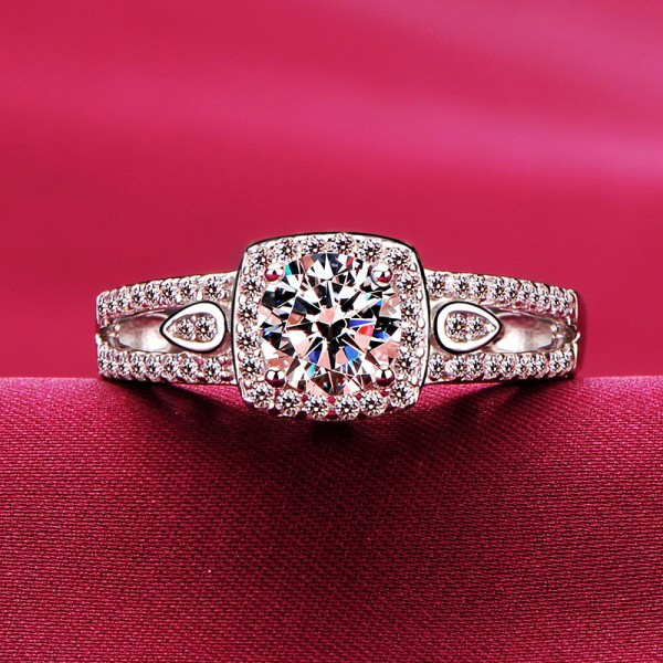 Sparkling 0.8 Carat ESCVD Diamonds Lovers Ring Wedding Ring Women Ring