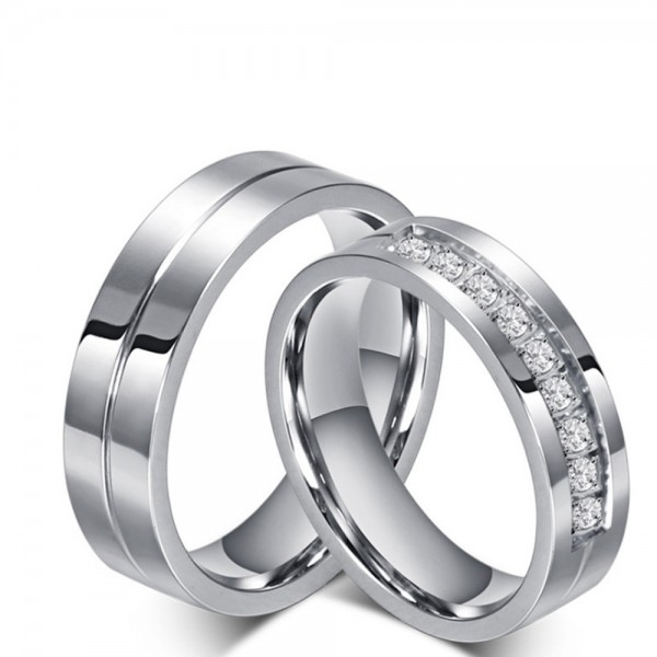 Titanium Silvery Ring For Couples Inlaid Cubic Zirconia Simple and Vogue