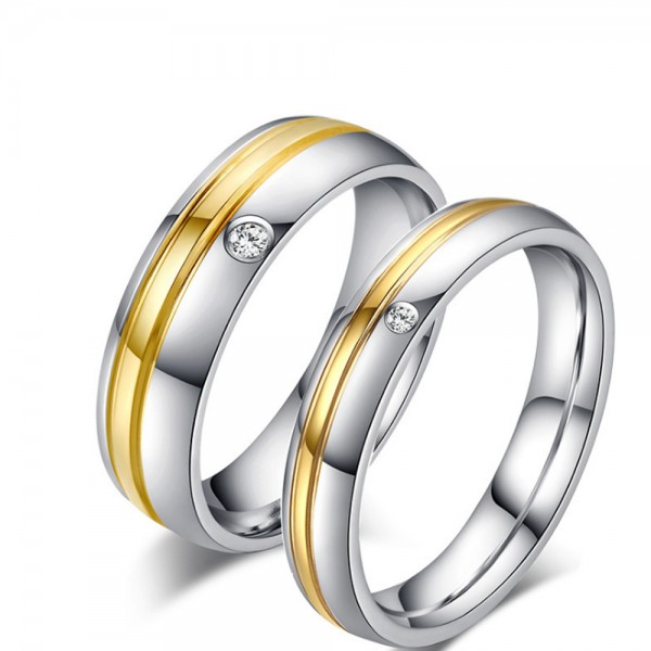 Titanium Silvery and Golden Ring For Couples Inlaid Cubic Zirconia Simple and Fashion Fluted Craft