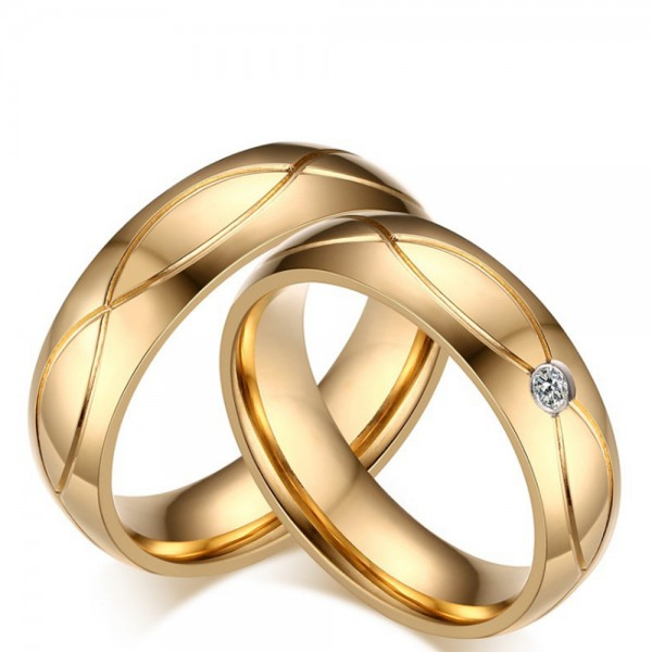 Titanium Golden Ring For Couples Inlaid Cubic Zirconia Luxury and Fashion Fluted Stripe Design