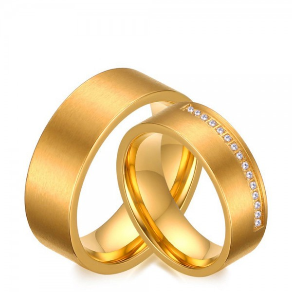 Stainless Steel Golden Ring For Couples Inlaid Cubic Zirconia Luxury and Fashion Brushed Craft