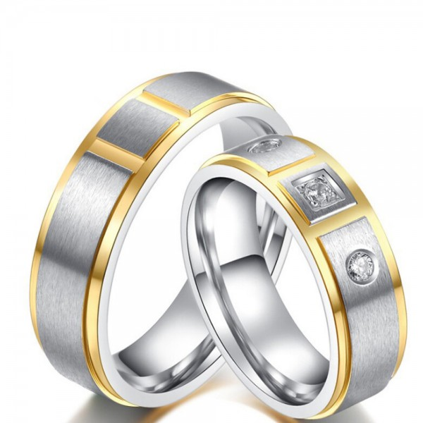 Titanium Silvery Ring For Couples Inlaid Cubic Zirconia Slicing Craft Unique Design Fashion and Liberality