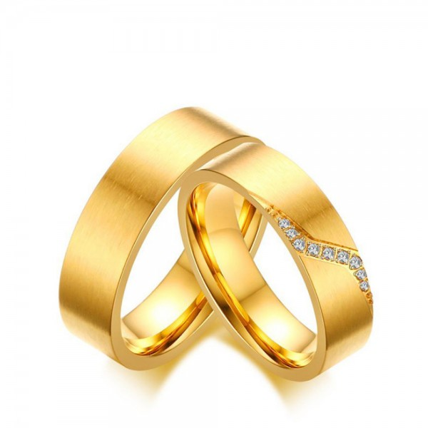 Titanium Golden Ring For Couples Inlaid Cubic Zirconia Simple and Luxury Inner Arc Design Brushed Surface