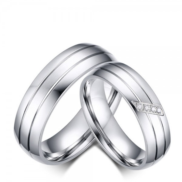 Titanium Silvery Ring For Couples Inlaid Cubic Zirconia Simple and Liberality Style Fluted Craft