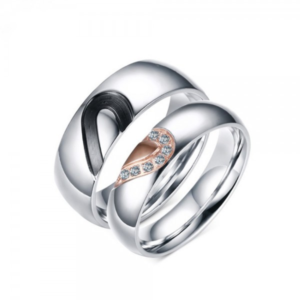 Stainless Steel Silvery Ring For Couples Heart Pattern Design Simple and Sweet Inlaid Cubic Zirconia