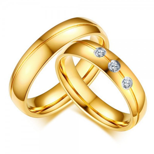 Stainless Steel Golden Ring For Couples Luxury and Fashion Inlaid Cubic Zirconia Fluted Craft