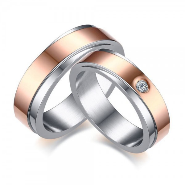 Titanium Silvery and Rose Gold Ring For Couples Inlaid Cubic Zirconia Fashion and Liberality
