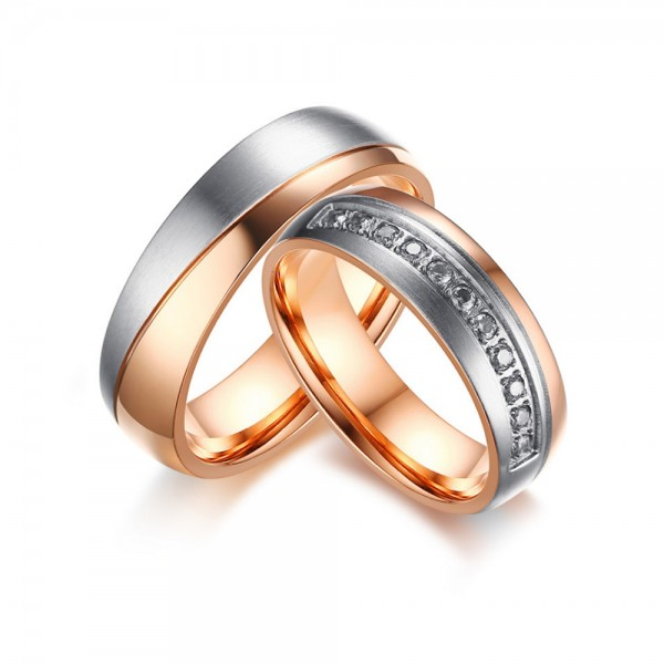 Titanium Silvery and Rose Gold Ring For Couples Inlaid Cubic Zirconia Decent and Luxury Style Fluted Craft