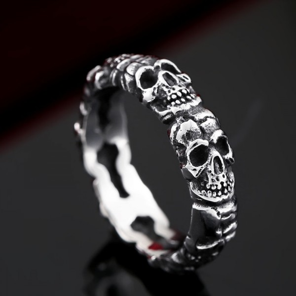 Men's personality stainless steel skull ring
