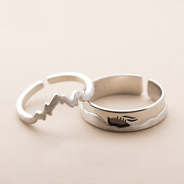 Original Design Sea and Ship Simple Lovers Ring